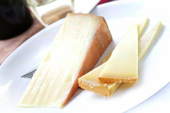 大人味チーズ『アッペンツェール』(約150g)