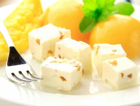 クリームチーズ ピーチメルバ