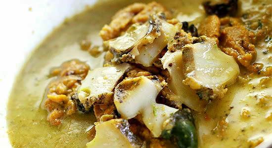 柔らかな蒸し蝦夷アワビと蒸しウニの贅沢パスタソース